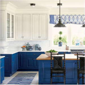 kitchen-design-in-jasper-ga-cobalt-blue-base-cabinets-ivory-top-cabinets-butcher-block-island