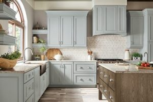 kitchen-remodel-in-Jasper-ga-kraftmaid-seafoam-blue-maple-cabinets-kitchen-island